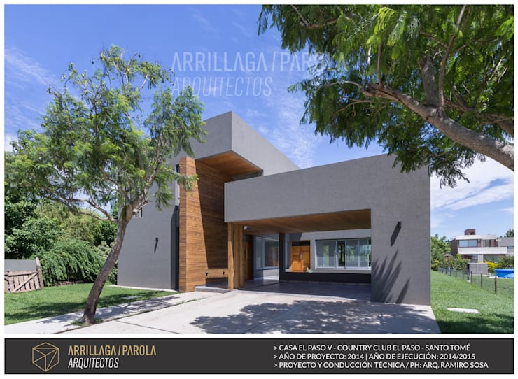 modern Houses by ARRILLAGA&PAROLA