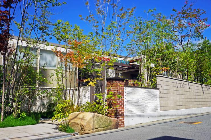 にわいろSTYLEの庭(1) 2015~: にわいろSTYLEが手掛けた庭です。