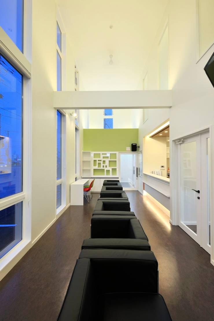 Do Dental Clinic: 一級建築士事務所 アトリエTAROが手掛けた病院です。