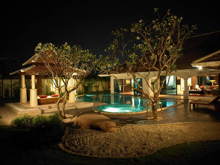 Casa Particular: Jardines de estilo  de Bondian Living