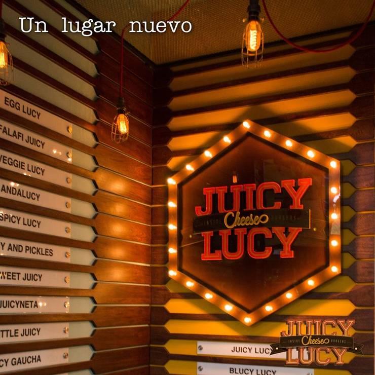 JUICY LUCY _ Plaza Pakita: Locales gastronómicos de estilo  por @tresarquitectos, Moderno