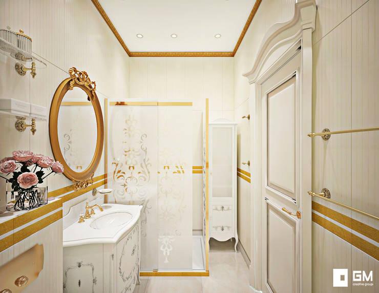 Классический дизайн квартиры на Остоженке: Ванные комнаты в . Автор – GM-interior