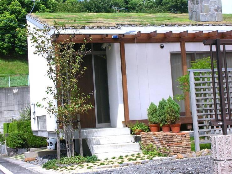 บ้านและที่อยู่อาศัย by 小栗建築設計室