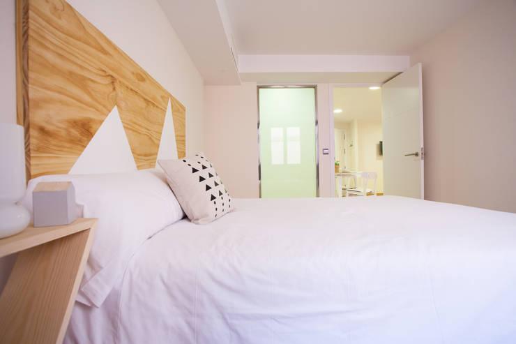 Projekty,  Hotele zaprojektowane przez Inuk Home Studio, Skandynawski