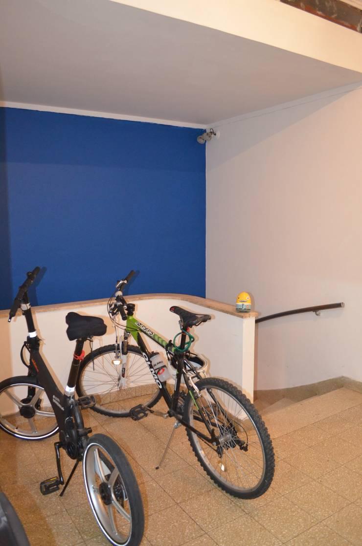 Oficinas Corporativas : Oficinas y Tiendas de estilo  por Area61 Arquitectura