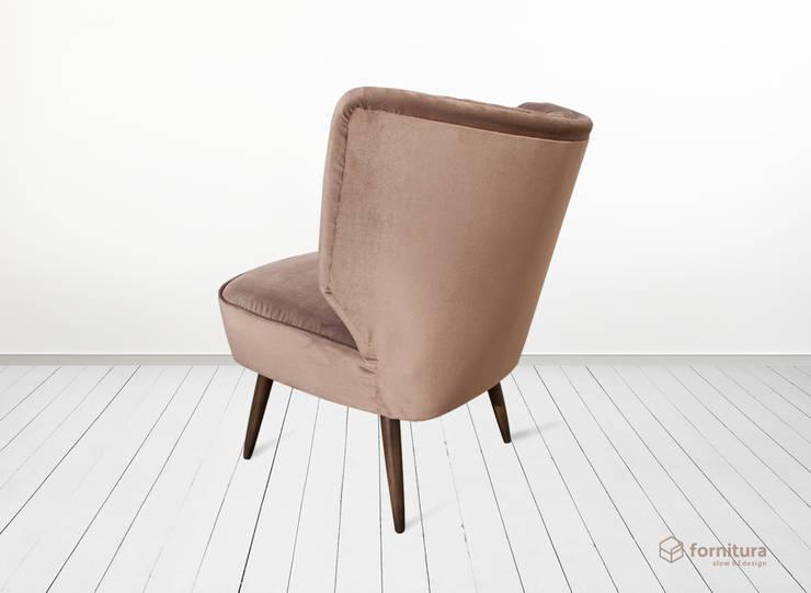 """""""Miech"""" fotel klubowy lata 50-te: styl , w kategorii Salon zaprojektowany przez Fornitura"""