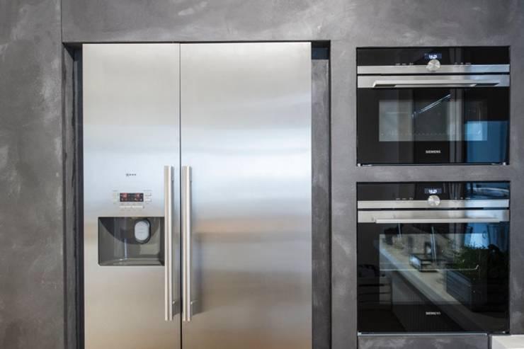 Küche Krefeld:  Küche von ZABOROWSKI ** Kreativer Innenausbau