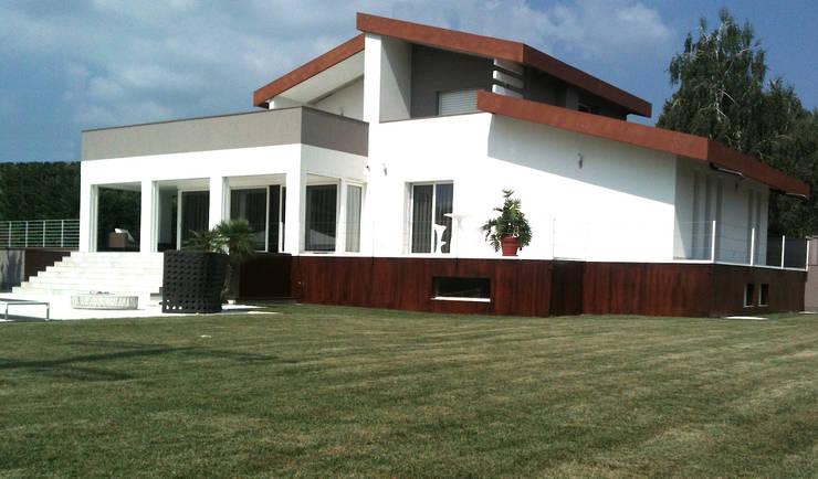 房子 by ADquadro