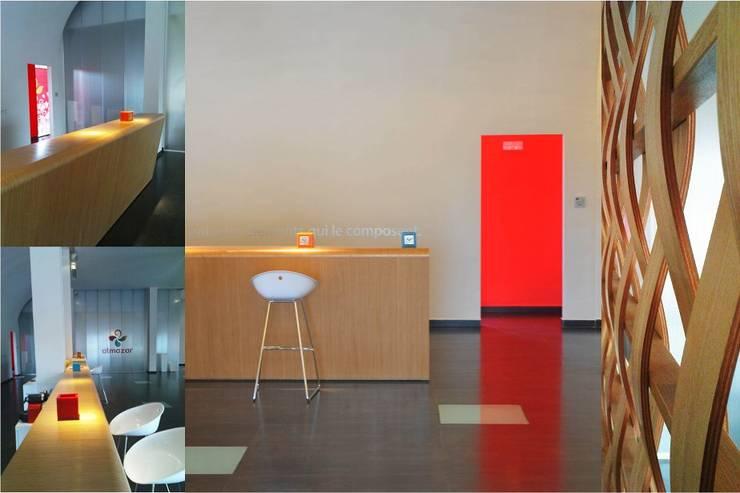 Un show room de vente : travaux, aménagement, graphisme: Espaces commerciaux de style  par 180°
