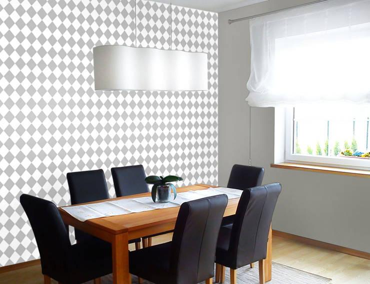 Biała tapeta w małe szare romby.: styl , w kategorii Ściany zaprojektowany przez Dekoori