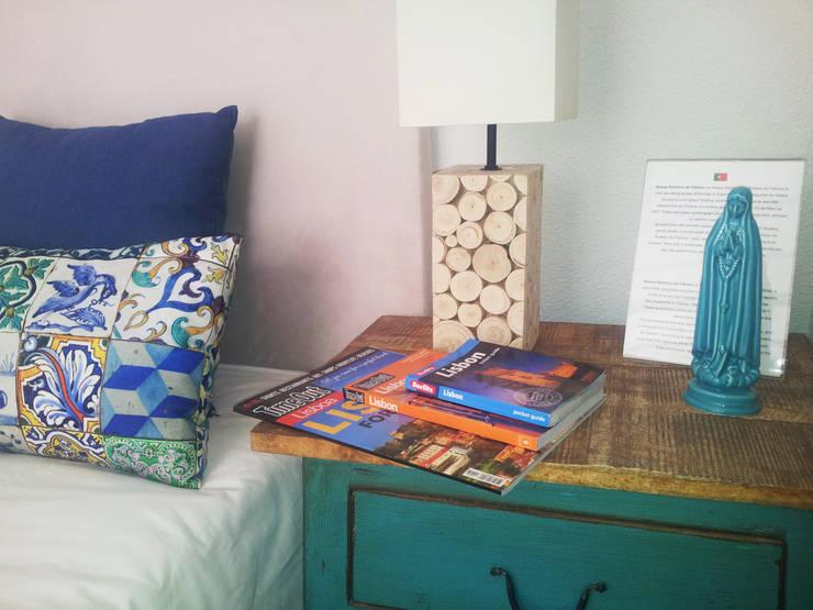 Camera da letto in stile  di Mariline Pereira - Interior Design Lda.