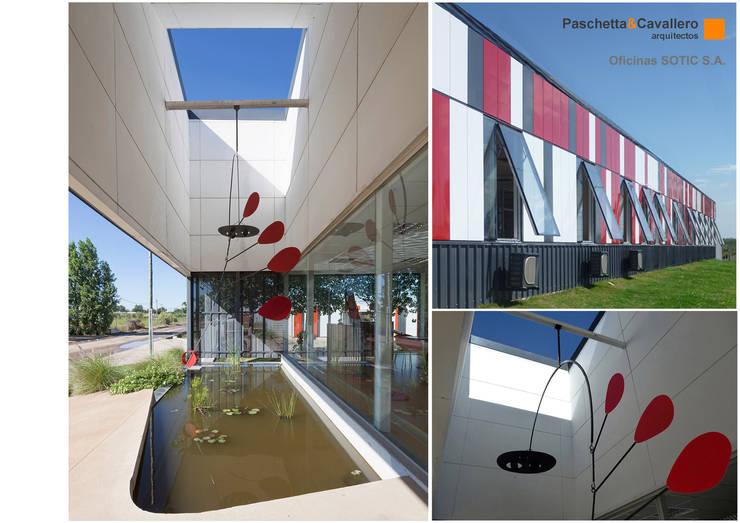 Oficinas Sotic S.A.: Estudios y oficinas de estilo  por Paschetta&Cavallero Arquitectos,