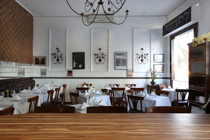Restaurante Allez, Allez! Vila Madalena – SP: Paredes  por Antonio Armando Arquitetura & Design