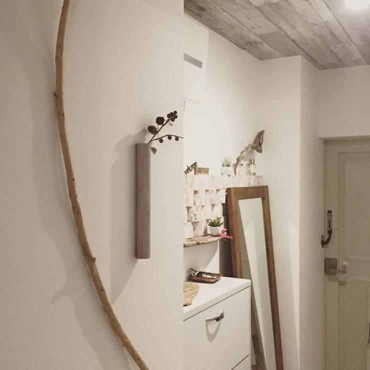 Scandinavian style walls & floors by 高嶋設計事務所/恵星建設株式会社 Scandinavian