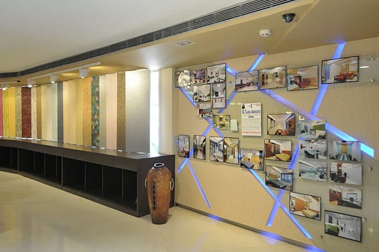 SHOWROOM  IN NAVI MUMBAI:  Commercial Spaces by Alaya D'decor