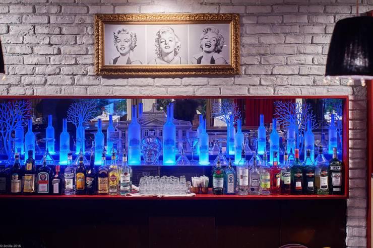 Viadurini realizuje wystrój prestiżowy Pacific Restaurant Bar Lounge w Montecarlo  : styl , w kategorii Sypialnia zaprojektowany przez Viadurini.pl