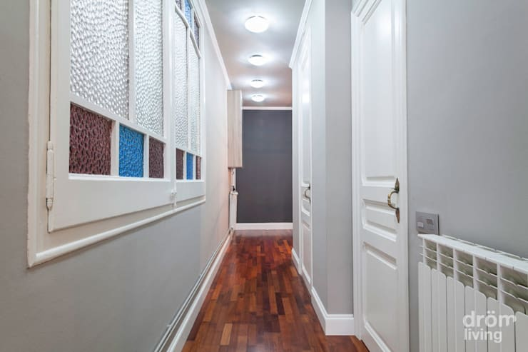 Corridor, hallway by Dröm Living