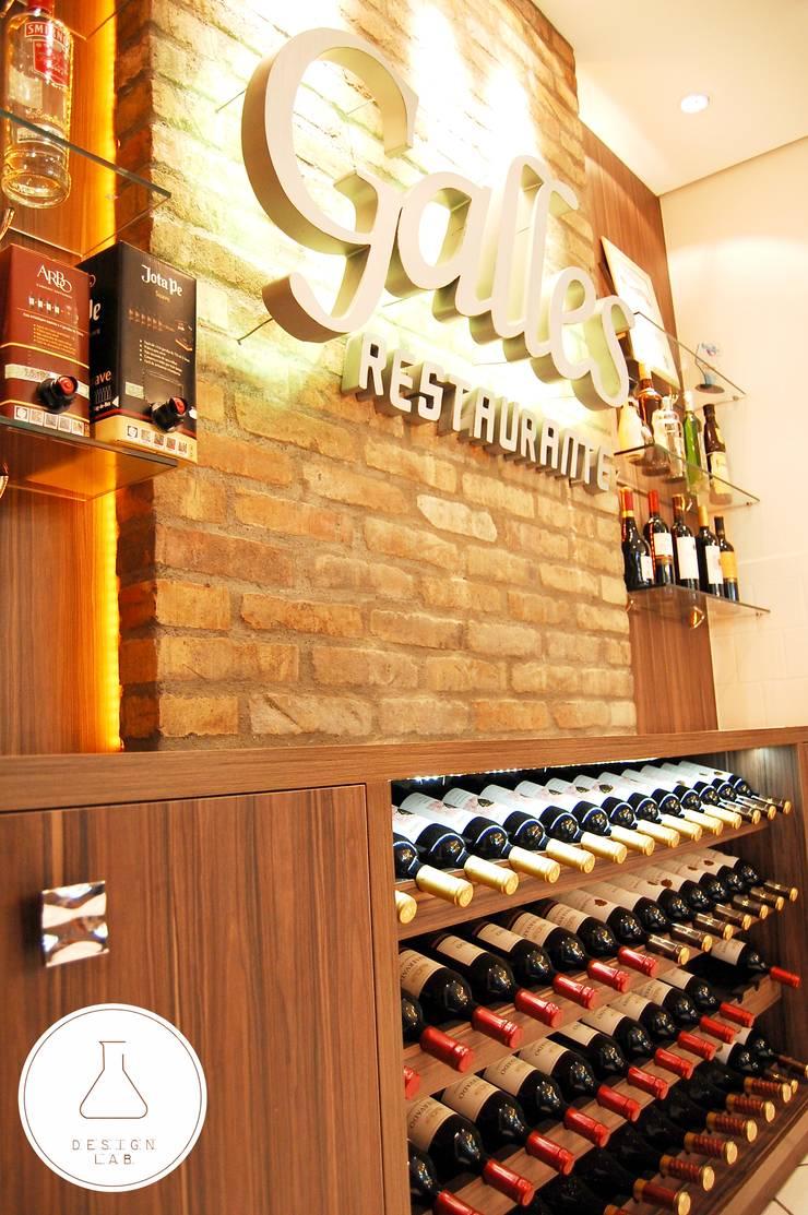 Buffet e Bar Restaurante: Bares e clubes  por EDW Design de Interiores   LightDesign