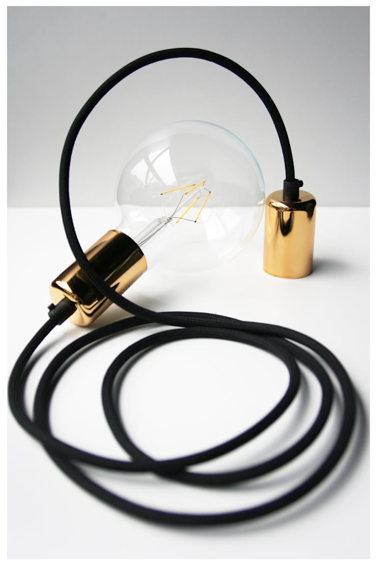 CableONE złota: styl , w kategorii Salon zaprojektowany przez CablePower