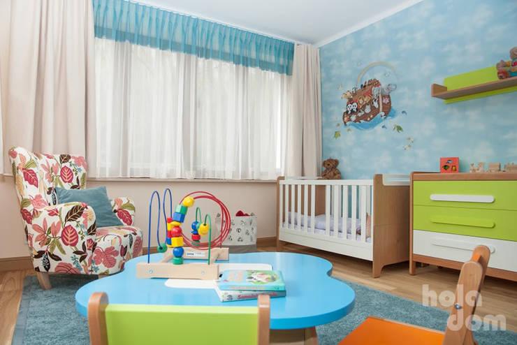 Pokój dziecięcy dwulatka: styl , w kategorii Pokój dziecięcy zaprojektowany przez HOLADOM Ewa Korolczuk Studio Architektury i Wnętrz