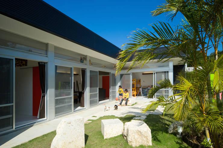 鉄板ハウス: sngDESIGNが手掛けた家です。