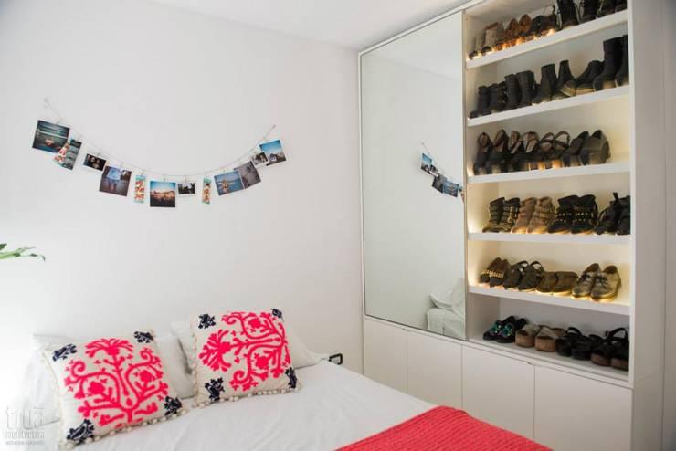 Departamento CONESA: Dormitorios de estilo  por Trua arqruitectura