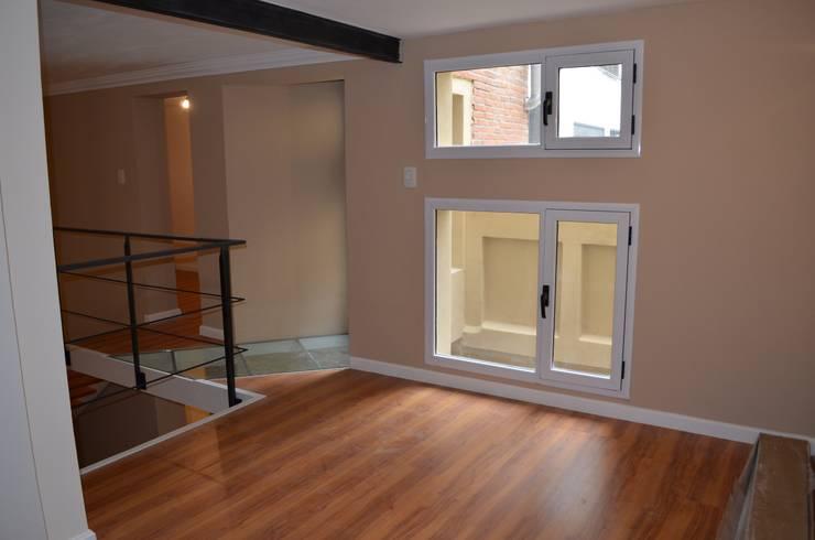 Dormitorio principal - Luz y ventilacion total: Dormitorios de estilo  por Area61 Arquitectura