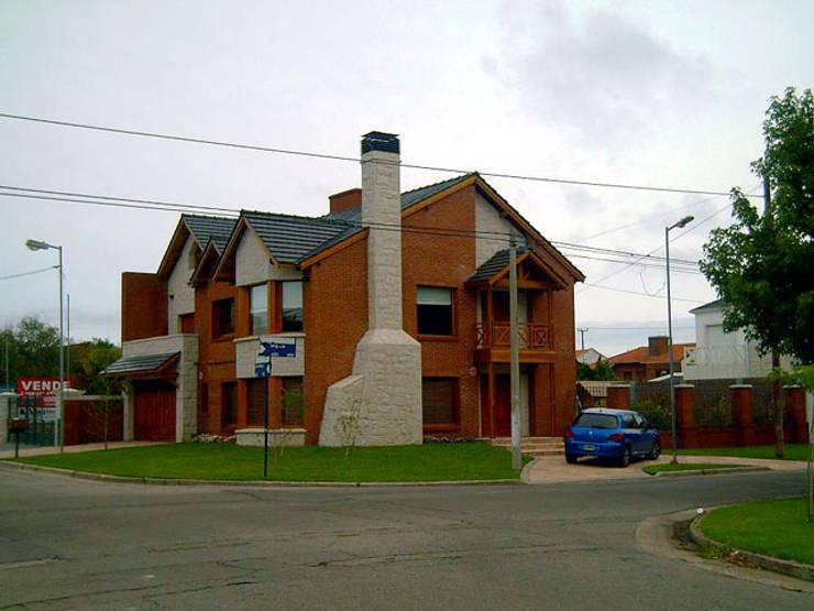 Proyecto I: Casas de estilo  por Roquero