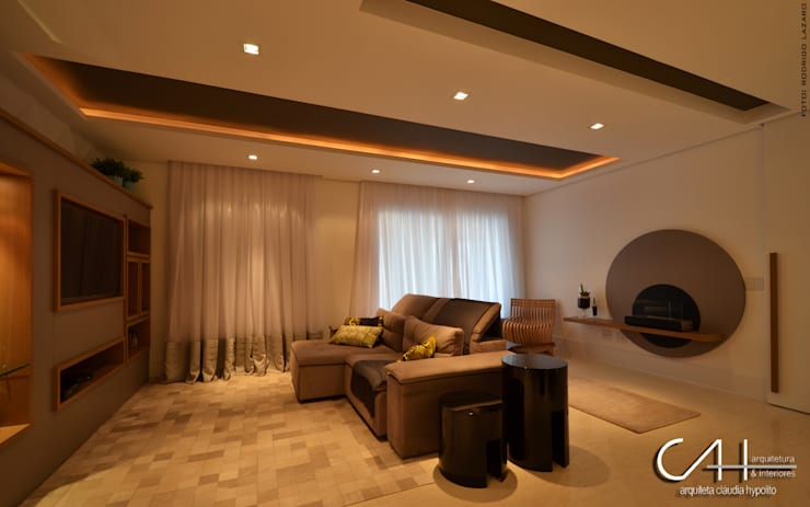 Sala : Salas de estar  por Cláudia Hypolito Arquitetura & Interiores