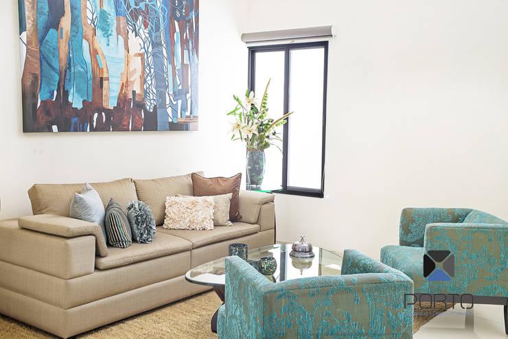 Salas de estar  por PORTO Arquitectura + Diseño de Interiores