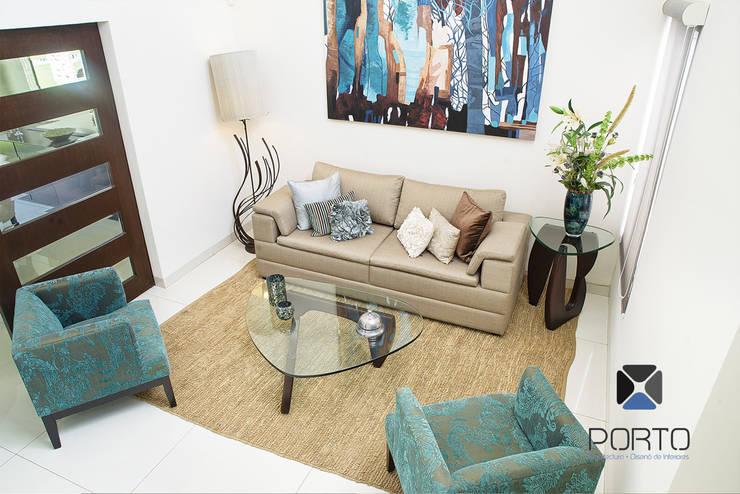 "Proyecto Residencial ""Casa AG02"": Salas de estilo  por PORTO Arquitectura + Diseño de Interiores"