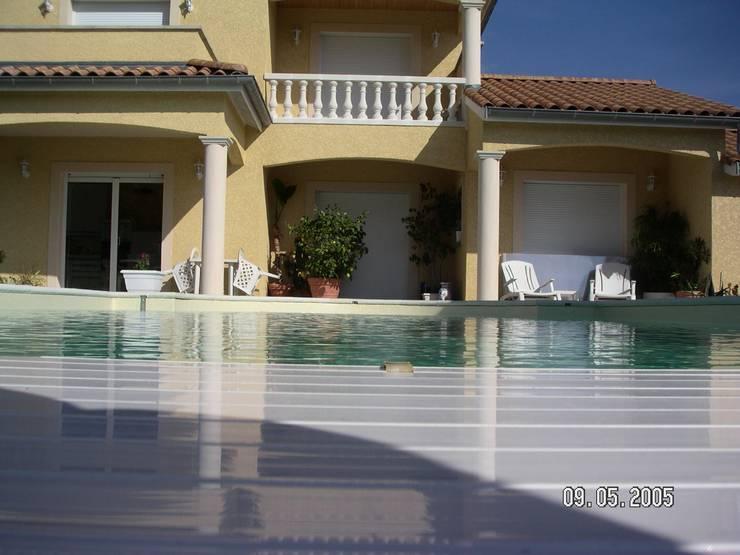Projet maison avec piscine Lentilly: Jardin de style de style Moderne par Concept Creation