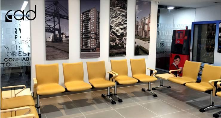 Oficinas Coninsa Ramón H - diseño arquitectónico y dirección arquitectónica - Bogotá:  de estilo  por Centro de Arquitectura y Diseño | CAD