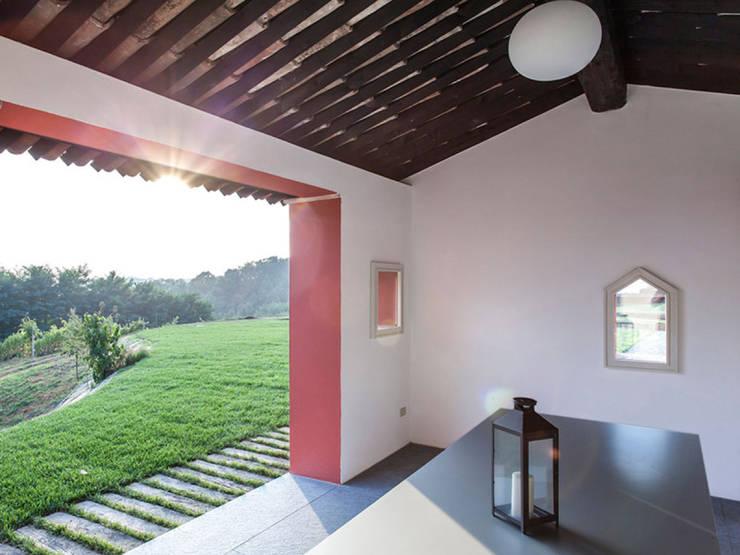 B&B Borgo Merlassino: landelijke Eetkamer door Mosaic del Sur België - Nederland