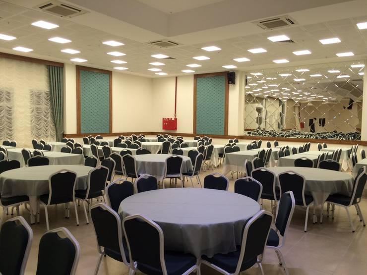 ADE - Ali Salkım Mimarlık – Körfez Belediyesi N.Erbakan Düğün Salonu:  tarz İç Dekorasyon