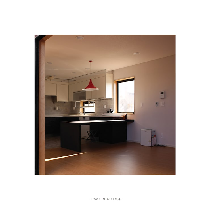 kitchen: LOW CREATORs의  창문