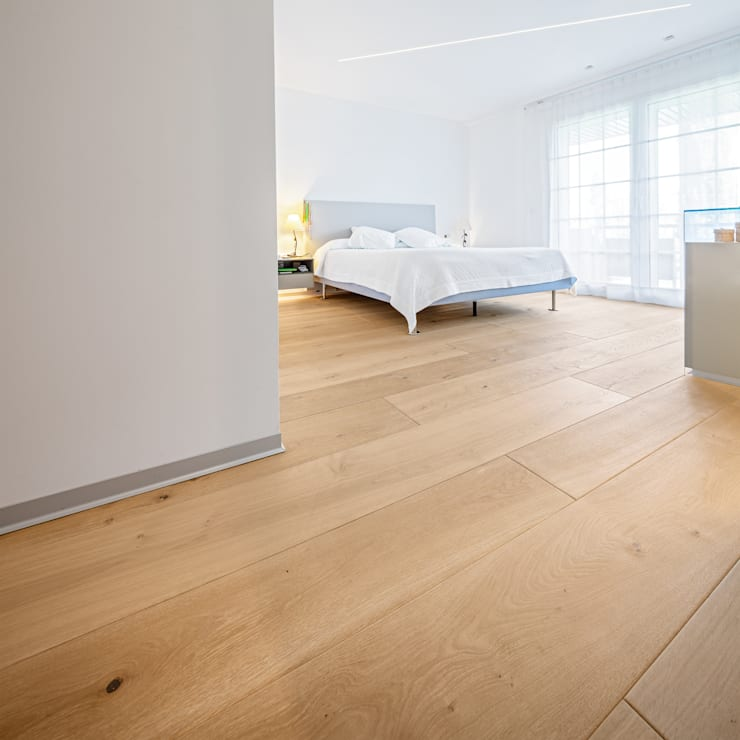 CHALET CONDE ORGAZ: Camera da letto in stile  di Tarimas de Autor