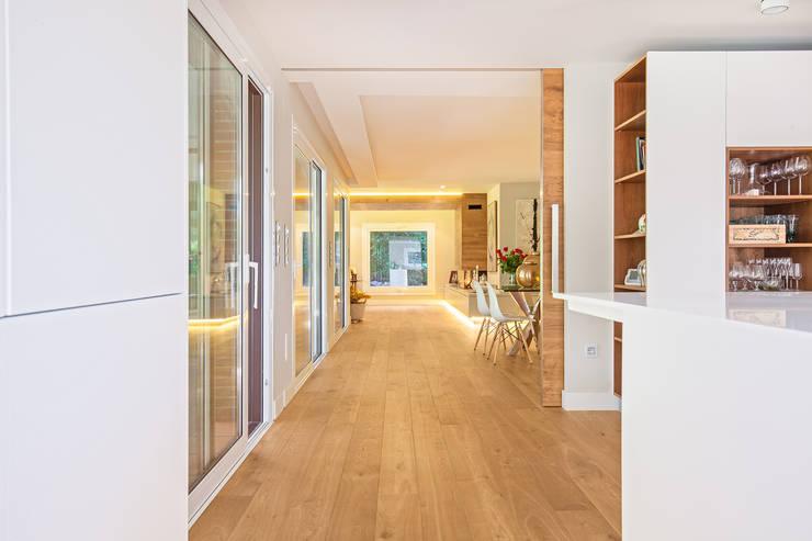 Koridor dan lorong by Tarimas de Autor