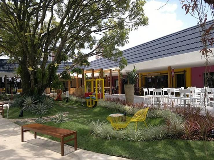 Выставочные центры в . Автор – Marcos Assmar Arquitetura | Paisagismo, Рустикальный