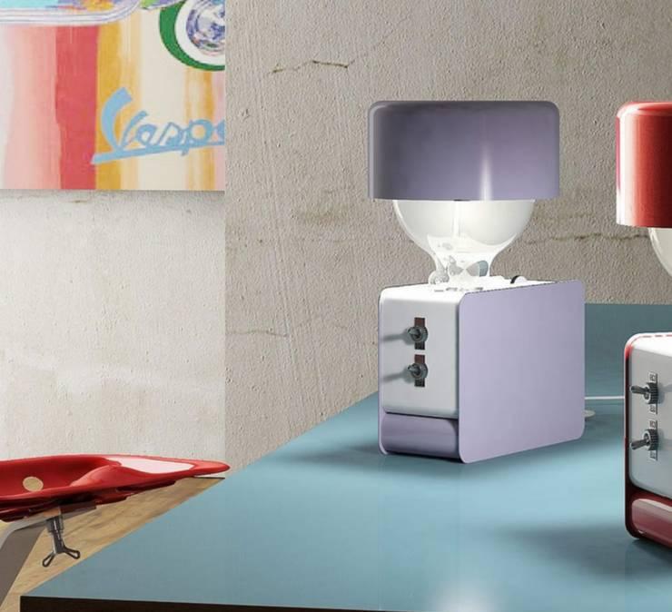 Lampe à Poser, Zak, Violet, H30CM   Zava: Bureau De Style Par
