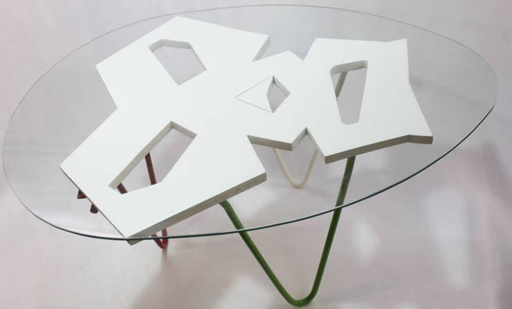 Mexican table: Salas de estilo  por MSTYZO Diseño y fabricación de mobiliario