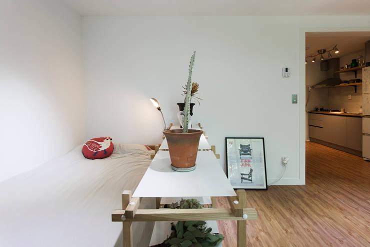 작업실 같은 집: 매트그라퍼스의  침실