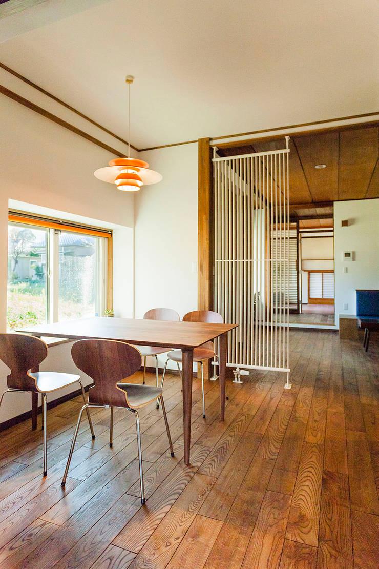 ダイニング~リビング~: 株式会社シーンデザイン建築設計事務所が手掛けたです。
