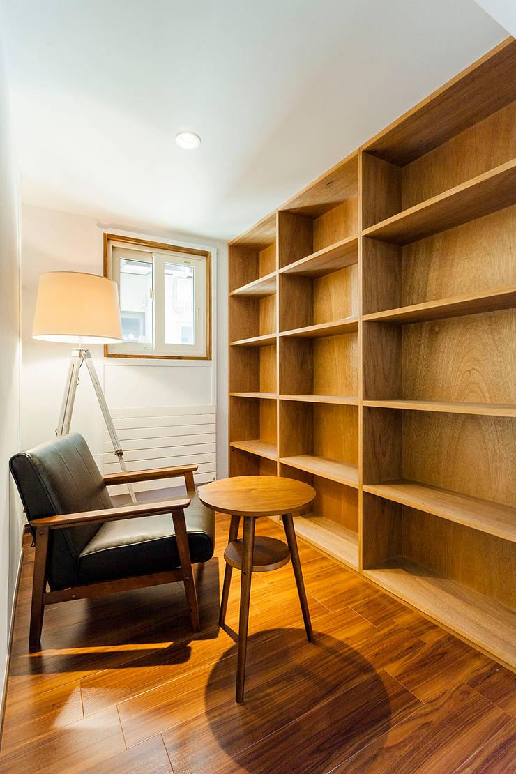 ライブラリー: 株式会社シーンデザイン建築設計事務所が手掛けたです。
