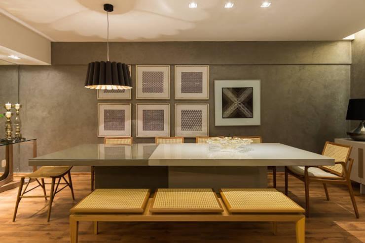 sala de jantar: Salas de jantar  por Flaviane Pereira