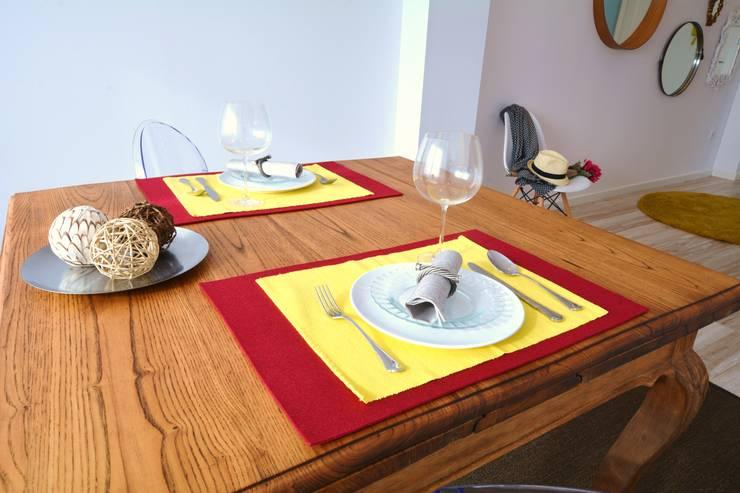 Comedor Después:  de estilo  de Ya Home Staging