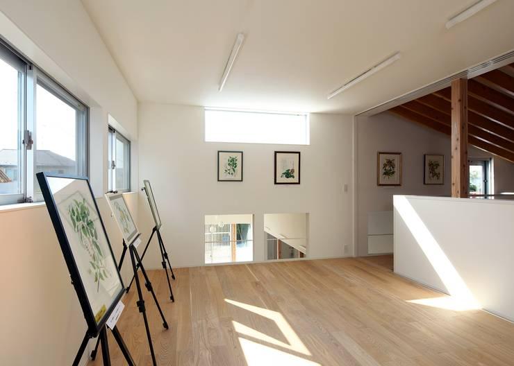 アトリエスペース: Unico design一級建築士事務所が手掛けた和室です。