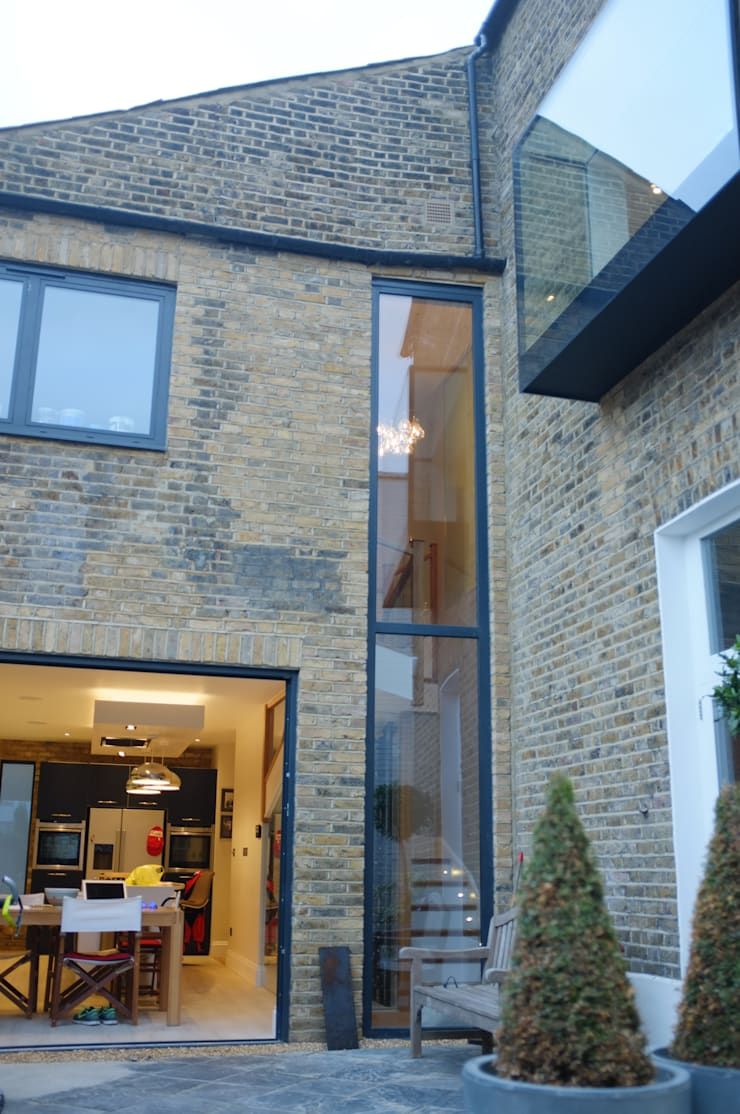 Clapham South—Conversion and Refurbishment:  Houses by Arc 3 Architects & Chartered Surveyors