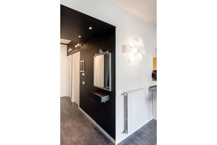 Koridor dan lorong oleh Bartolucci Architetti, Modern