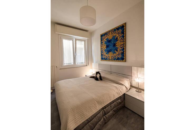 Dormitorios de estilo  de Bartolucci Architetti